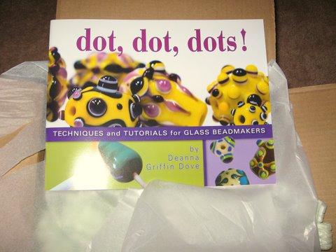 Dots, dots, dotsbook